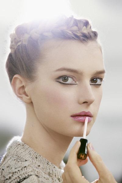 Maquillaje sutil y vanguardista
