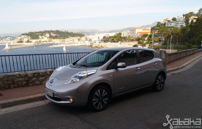 Nissan Leaf 2016 01