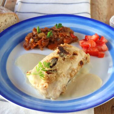 Merluza gratinada con velouté de sus espinas, la receta elegante de pescado