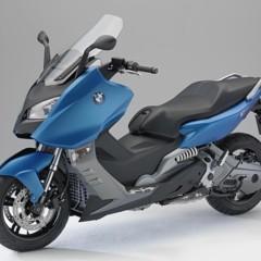 Foto 23 de 29 de la galería bmw-c-650-gt-y-bmw-c-600-sport-estaticas en Motorpasion Moto