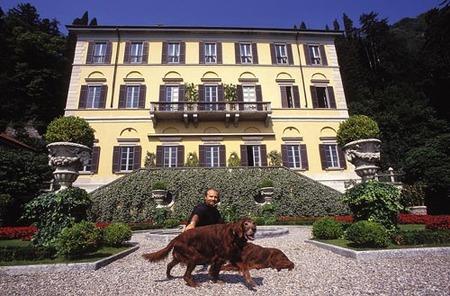 Versace también sale a subasta