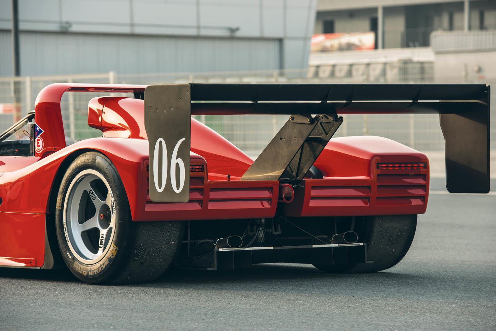 Foto de Ferrari 333 SP de 1994, a subasta (16/24)