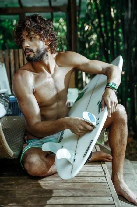 Para H&M el verano está a la vuelta de la esquina ¿Le echamos un ojo a sus propuestas en bañadores?
