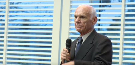 Muere Larry Roberts, uno de los precursores de Internet en ARPANET