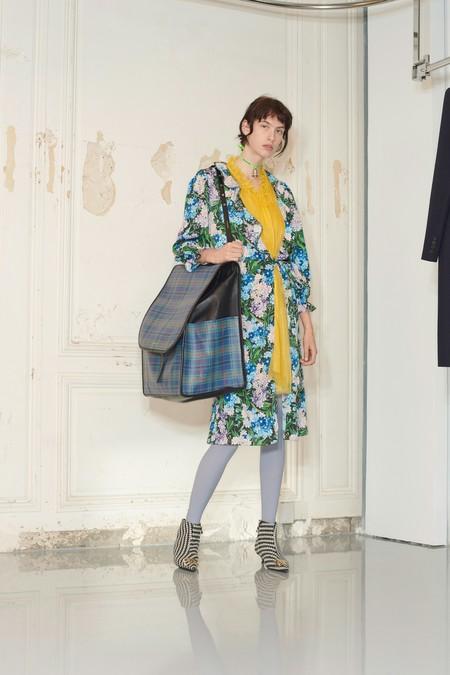 00023 Balenciaga Vogue Pre Fall 2018 Pr