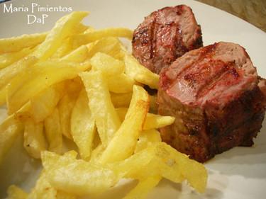 Solomillo de ibérico a la brasa, con patatas fritas. Receta