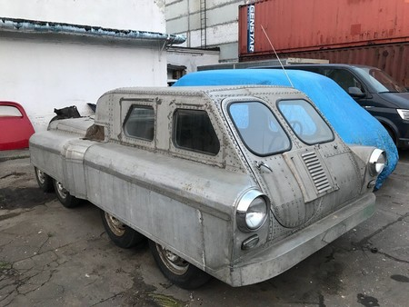 Russia Eight Wheeler 1
