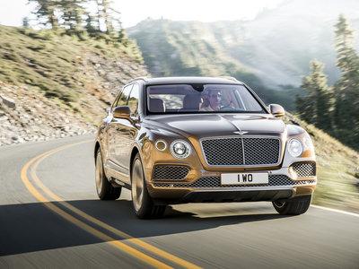 El Bentley Bentayga estrenará dos nuevos motores: un V8 y una variante híbrida enchufable