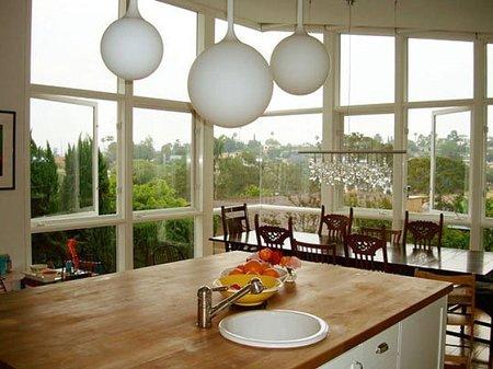 Puertas abiertas: casas con ventanales