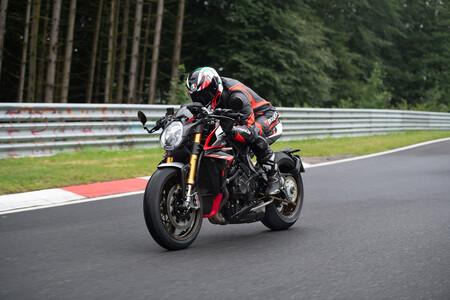 Brutale 1000 Nurburgring Action 7