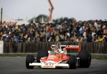 Gilles Villeneuve Mclaren Silverstone F1 1977