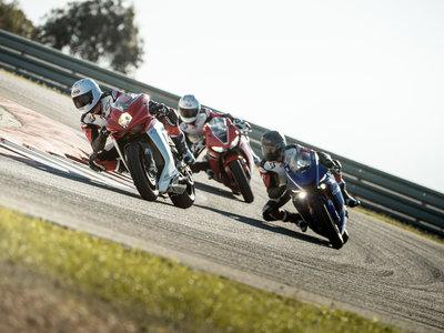 Bridgestone Battlax Racing R11: slick rayados hasta 1,3% más rápidos en pista