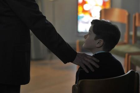 'Gracias a Dios': un Ozon sin excesos plantea una escalofriante denuncia de los abusos en la Iglesia