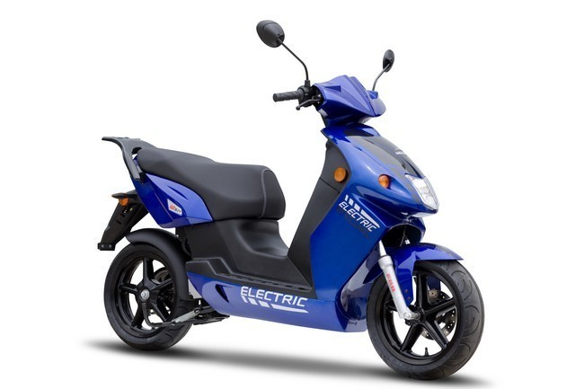Scooter eléctrico Govecs 01