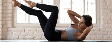 Una rutina de entrenamiento de fuerza en casa sin material para prepararte para volver al gimnasio