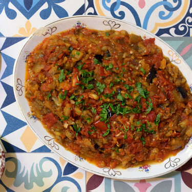 Zaalouk, caviar de berenjenas o ensalada marroquí: receta tradicional del pisto magrebí