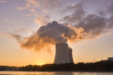 Reino Unido quiere que toda su energía sea renovable a partir de 2035... con la ayuda de la nuclear