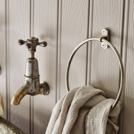 R W Bathroom Biltontowelring Nickel 03