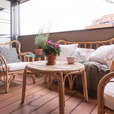Sofás de exterior pequeños de Ikea y El Corte Inglés con los que convertir tu balcón en el segundo salón