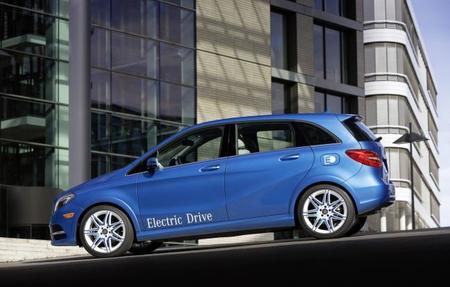Mercedes Clase B eléctrico lateral