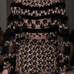 Foto 22 de 30 de la galería valentino-alta-costura-otono-invierno-2012-2012-de-la-sobriedad-al-esplendor en Trendencias