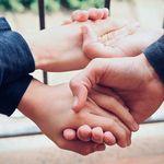 Los altruistas ligan más que los no altruistas, pero también que los excesivamente altruistas