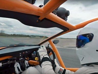 Acompaña a The Stig estrujando un Ariel Nomad, desde el asiento del copiloto y en 360 grados