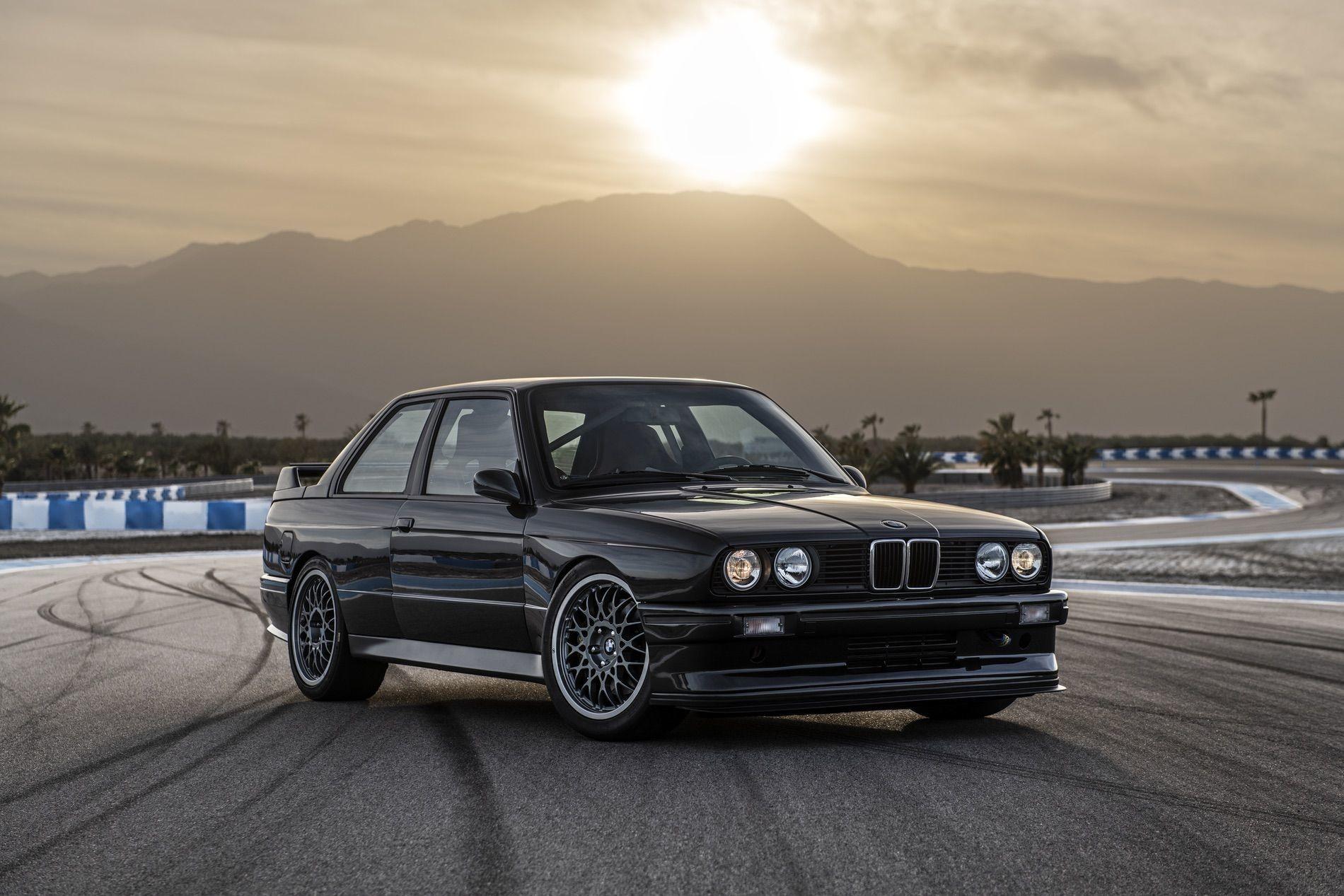 Foto de Redux BMW M3 E30 restomod (11/29)