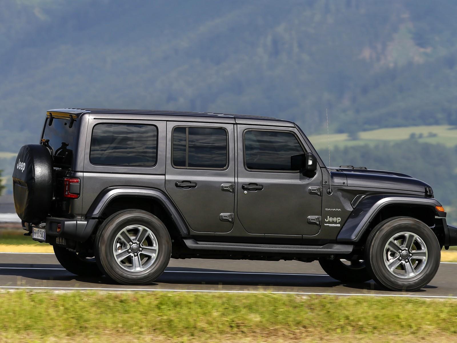 Foto de Jeep Wrangler Sahara (8/15)