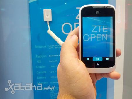 ZTE Open, toma de contacto