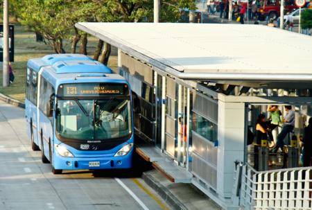 En Cali operará el primer bus eléctrico fabricado en Colombia