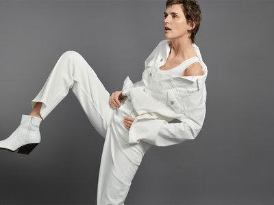 ¿Serán estos botines blancos de Zara, inspirados en Céline, el calzado más vendido en estos días de sol?