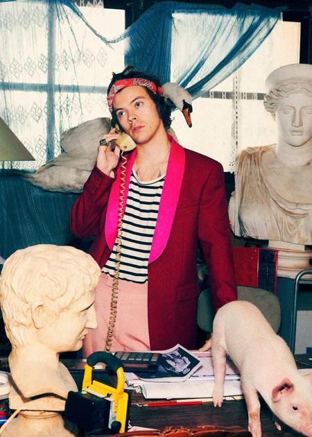 Harry Styles Adopta El Optimismo Del Color En La Nueva Campana De Gucci Tailoring 02