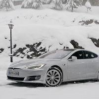 Tesla prevé una escasez mundial de minerales que son clave para fabricar las baterías de los coches eléctricos