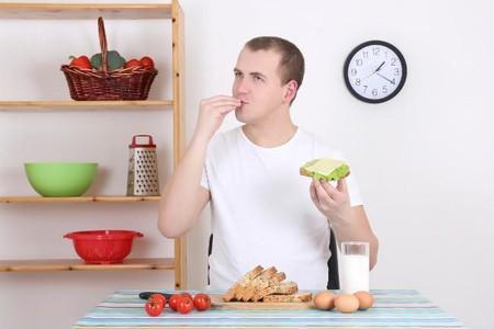 Comer de todo un poco, ¿un buen recurso para adelgazar?