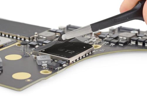 iFixit aclara que los servicios no autorizados siguen pudiendo reparar Mac con el chip T2