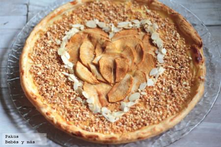 tarta corazón de manzana y almendras