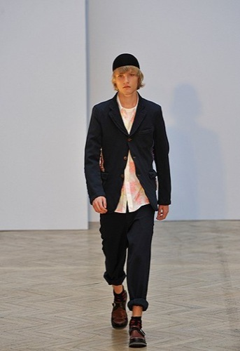Comme des Garçons, Primavera-Verano 2010 en la Semana de la Moda de París V