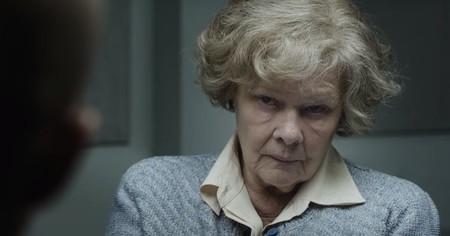 El tráiler de 'La espía roja' convierte a Judi Dench en una traidora inglesa que ayudó a los comunistas