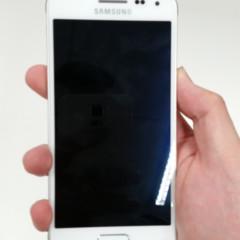 Foto 3 de 8 de la galería samsung-galaxy-alpha-blanco en Xataka Android