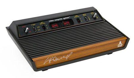 Atari 2600 PC, un ordenador moderno con cuerpo clásico