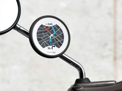 Acorta los trayectos en ciudad con el nuevo TomTom VIO, el navegador GPS para scooter