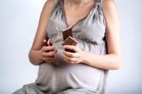 Malos hábitos de alimentación durante el embarazo: el embutido y la bollería, a la cabeza