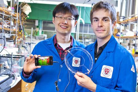 Los altavoces iónicos, flexibles y casi transparentes de la Universidad de Harvard