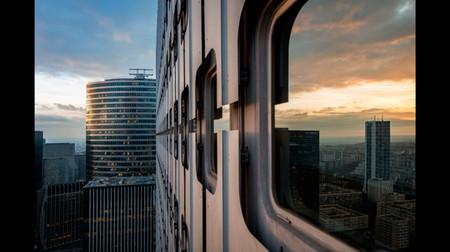 La peligrosa pero espectacular y singular fotografía de arquitectura de Carlos Ayesta