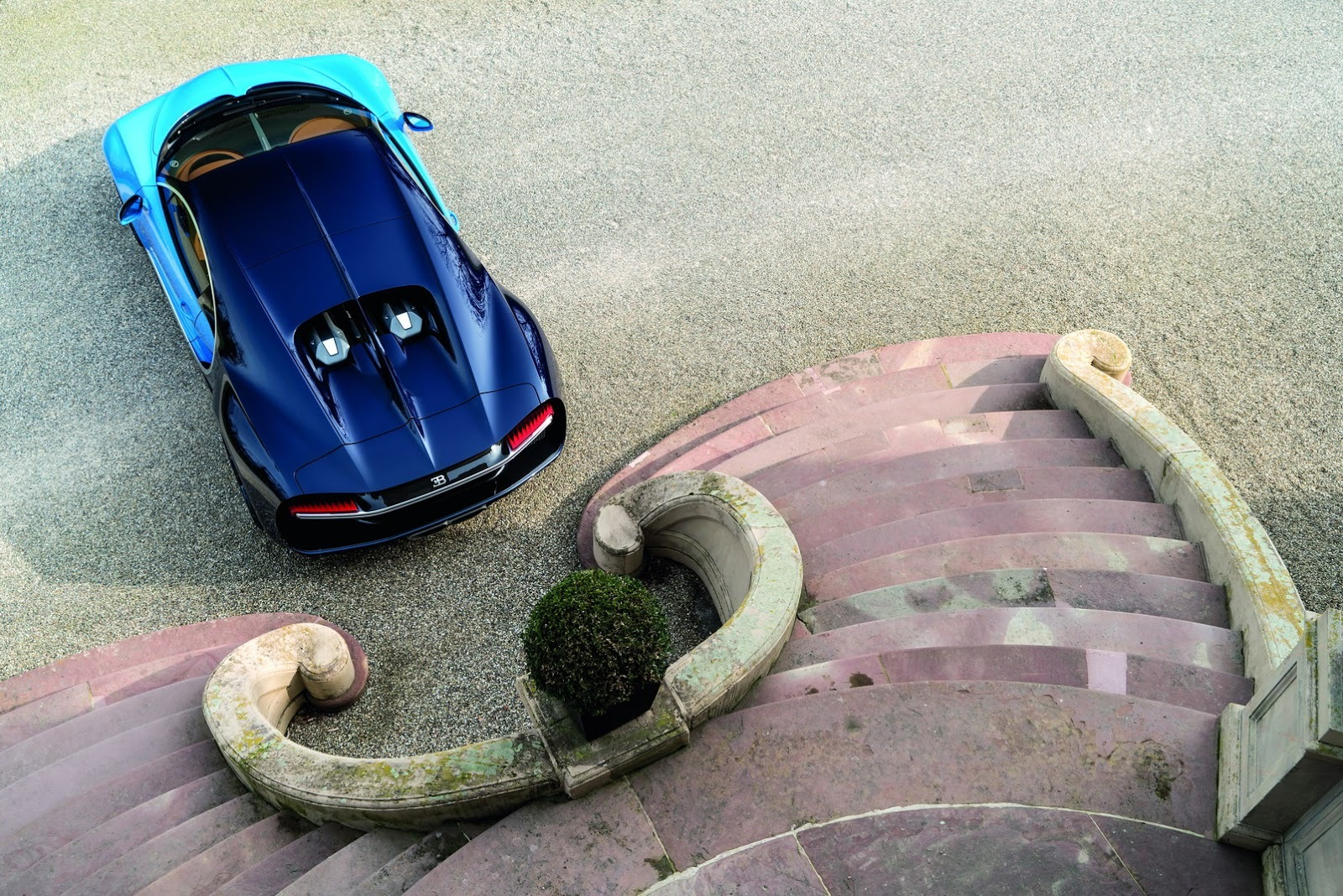 Foto de Bugatti Chiron (35/77)