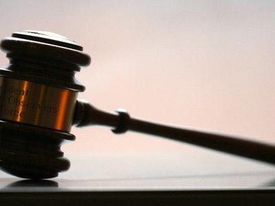 Un juez estadounidense sentencia que si el FBI sólo mira tus correos no vulnera tu privacidad