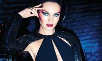 Candice Swanepoel se vuelve morena para Max Factor