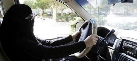Mujer Conduce Riyadh