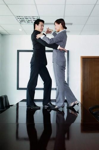 baile para dos en oficina